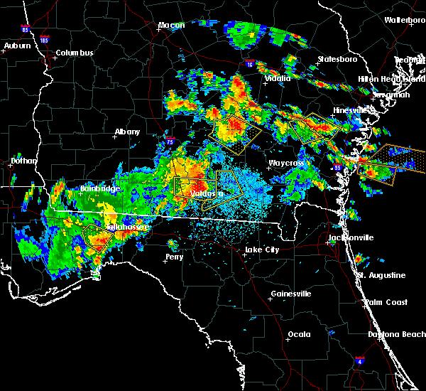 Radar Image for Severe Thunderstorms near Homerville, GA at 6/2/2018 3:10 PM EDT