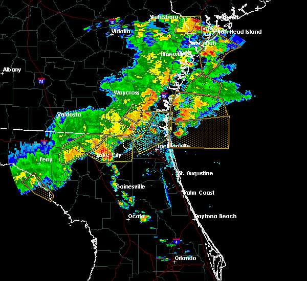 Radar Image for Severe Thunderstorms near Callahan, FL at 6/2/2018 5:20 PM EDT