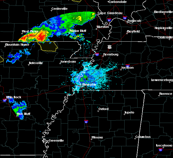 Radar Image for Severe Thunderstorms near Pocahontas, AR at 6/2/2018 8:34 PM CDT