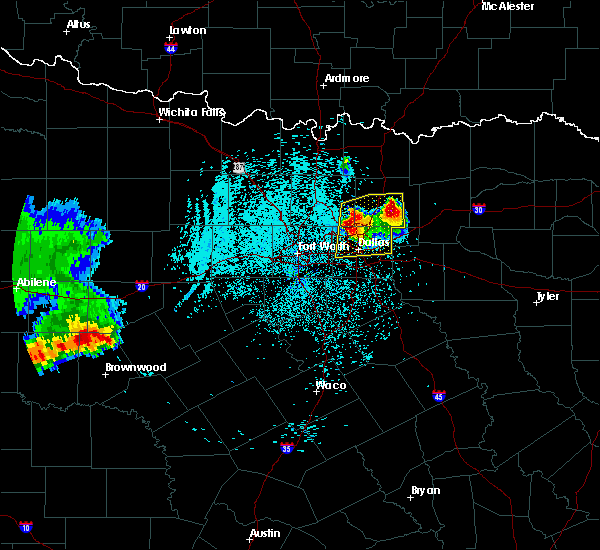 Radar Image for Severe Thunderstorms near Richardson, TX at 6/6/2018 1:37 AM CDT