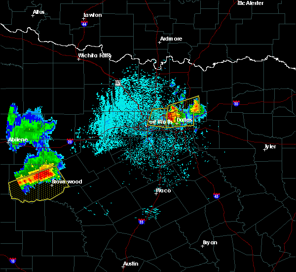 Radar Image for Severe Thunderstorms near Richardson, TX at 6/6/2018 1:51 AM CDT