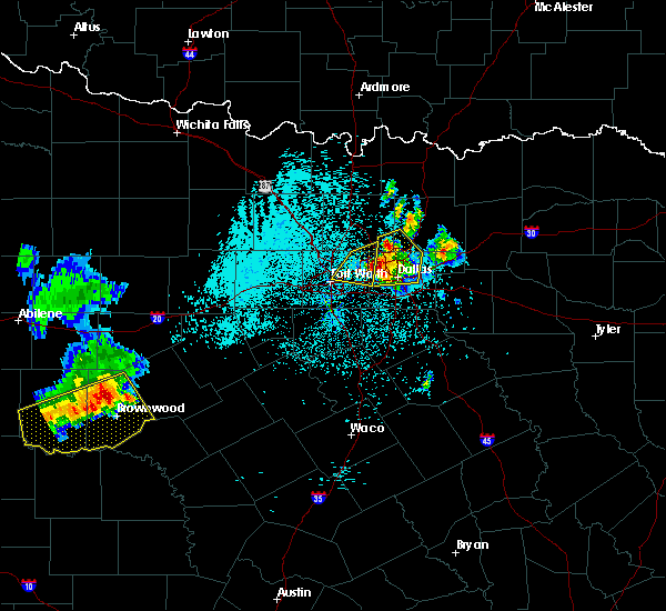 Radar Image for Severe Thunderstorms near Richardson, TX at 6/6/2018 2:03 AM CDT