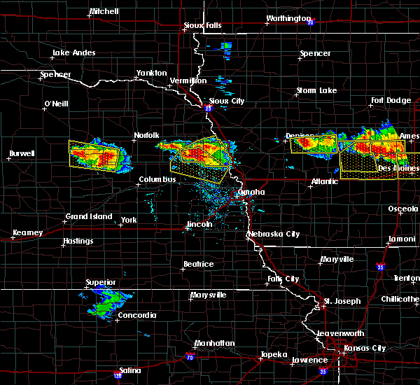 Radar Image for Severe Thunderstorms near Nickerson, NE at 6/6/2018 6:02 PM CDT