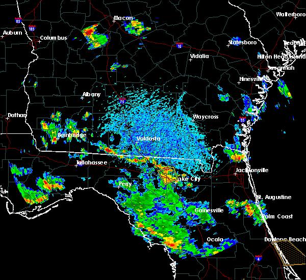 Radar Image for Severe Thunderstorms near Lake City, FL at 6/8/2018 4:18 PM EDT