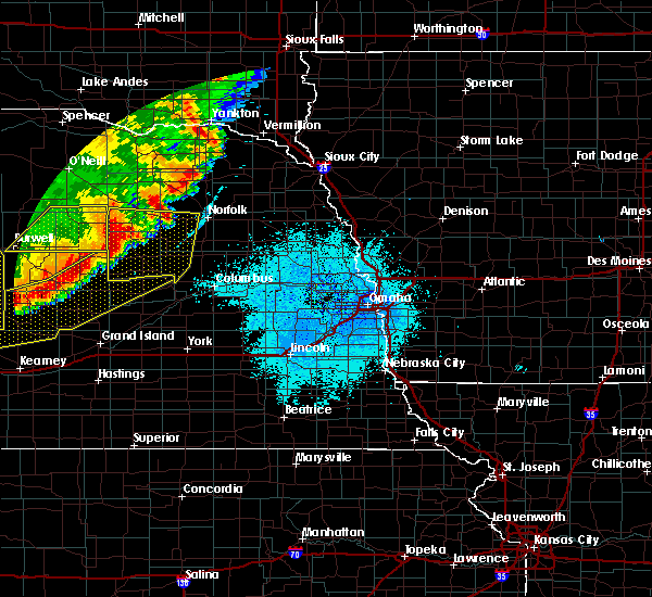Radar Image for Severe Thunderstorms near St. Edward, NE at 6/9/2018 1:23 AM CDT