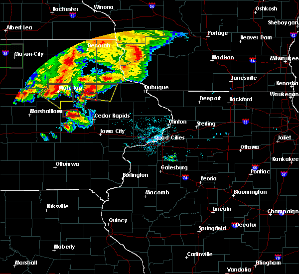 Radar Image for Severe Thunderstorms near Rowley, IA at 6/9/2018 8:57 PM CDT