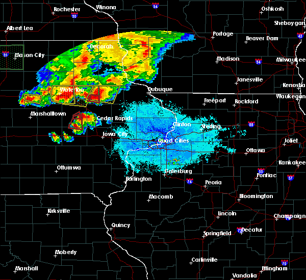 Radar Image for Severe Thunderstorms near Rowley, IA at 6/9/2018 9:21 PM CDT