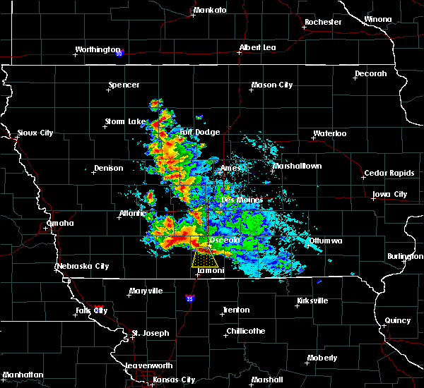 Radar Image for Severe Thunderstorms near Osceola, IA at 6/11/2018 12:10 AM CDT