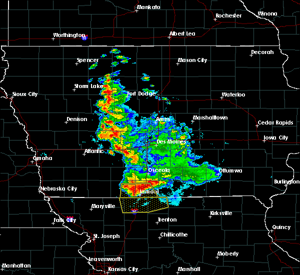 Radar Image for Severe Thunderstorms near Mount Ayr, IA at 6/11/2018 1:16 AM CDT