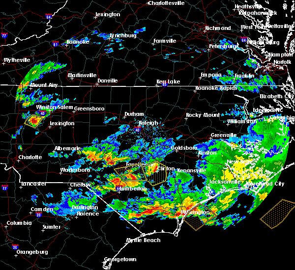 Radar Image for Severe Thunderstorms near Vander, NC at 6/11/2018 6:09 PM EDT
