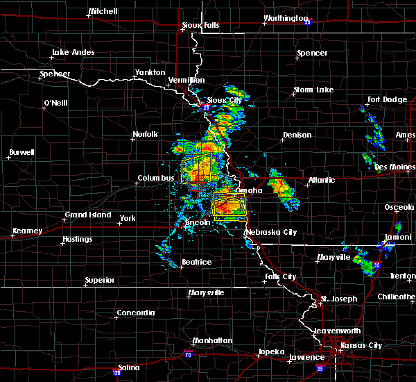 Radar Image for Severe Thunderstorms near Richfield, NE at 6/11/2018 5:29 PM CDT