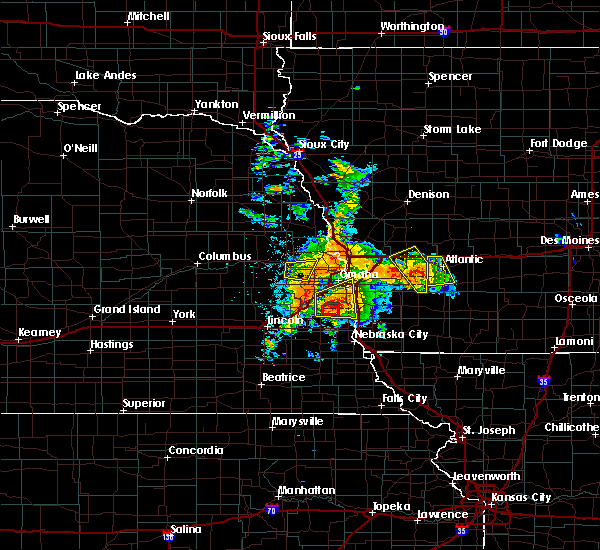 Radar Image for Severe Thunderstorms near Wann, NE at 6/11/2018 6:16 PM CDT