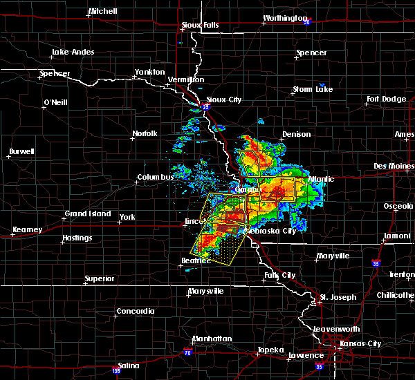 Radar Image for Severe Thunderstorms near Nebraska City, NE at 6/11/2018 6:55 PM CDT