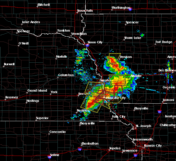 Radar Image for Severe Thunderstorms near Peru, NE at 6/11/2018 7:14 PM CDT