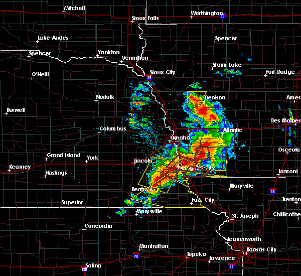 Radar Image for Severe Thunderstorms near Steinauer, NE at 6/11/2018 7:32 PM CDT