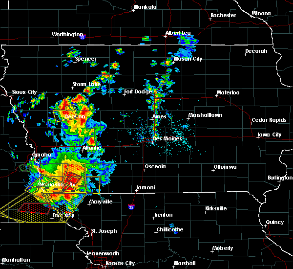 Radar Image for Severe Thunderstorms near Bedford, IA at 6/11/2018 8:00 PM CDT