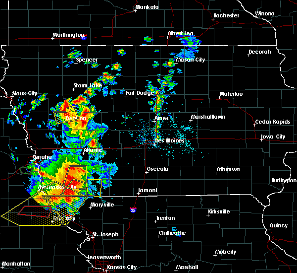 Radar Image for Severe Thunderstorms near Lake City, IA at 6/11/2018 8:04 PM CDT