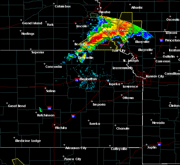 Radar Image for Severe Thunderstorms near Home, KS at 6/11/2018 8:04 PM CDT
