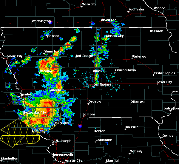 Radar Image for Severe Thunderstorms near Nodaway, IA at 6/11/2018 8:20 PM CDT