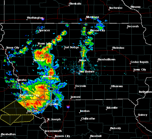Radar Image for Severe Thunderstorms near Auburn, IA at 6/11/2018 8:22 PM CDT