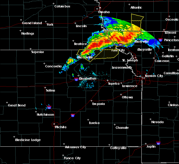 Radar Image for Severe Thunderstorms near Oneida, KS at 6/11/2018 8:38 PM CDT