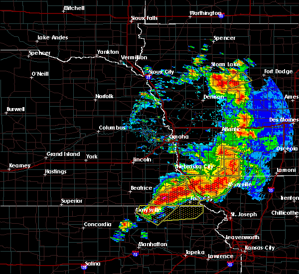 Radar Image for Severe Thunderstorms near Preston, NE at 6/11/2018 8:38 PM CDT