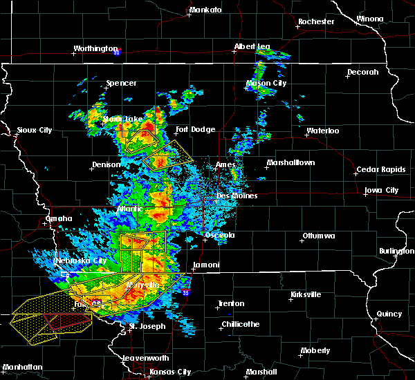 Radar Image for Severe Thunderstorms near Bedford, IA at 6/11/2018 8:59 PM CDT