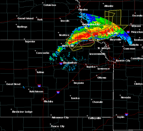 Radar Image for Severe Thunderstorms near Oneida, KS at 6/11/2018 9:00 PM CDT