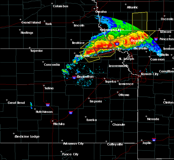 Radar Image for Severe Thunderstorms near Corning, KS at 6/11/2018 9:08 PM CDT