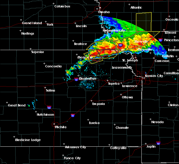 Radar Image for Severe Thunderstorms near Reserve, KS at 6/11/2018 9:17 PM CDT