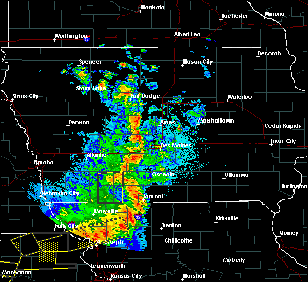 Radar Image for Severe Thunderstorms near Cromwell, IA at 6/11/2018 9:39 PM CDT