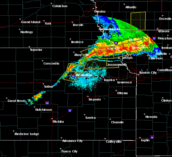 Radar Image for Severe Thunderstorms near Huron, KS at 6/11/2018 9:42 PM CDT