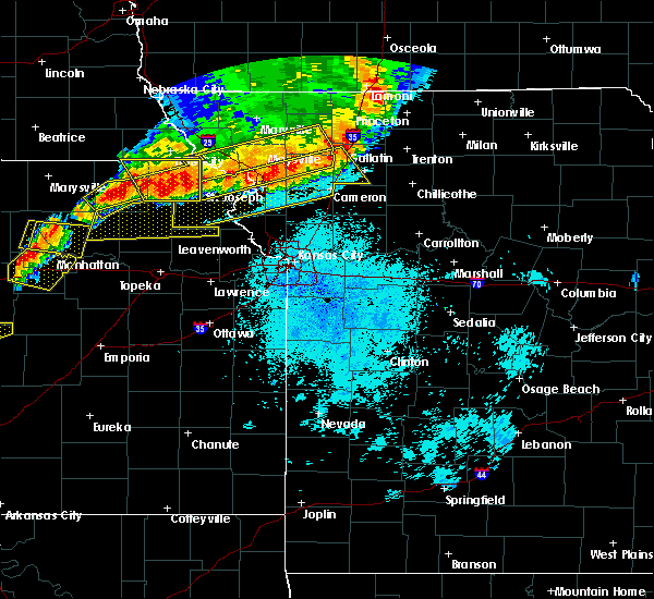 Radar Image for Severe Thunderstorms near Country Club, MO at 6/11/2018 9:55 PM CDT