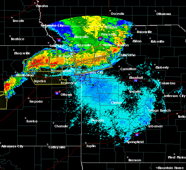 Radar Image for Severe Thunderstorms near Richmond, MO at 6/11/2018 10:47 PM CDT