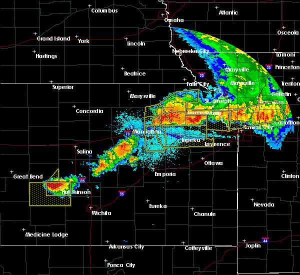 Radar Image for Severe Thunderstorms near Fairview, KS at 6/11/2018 11:02 PM CDT