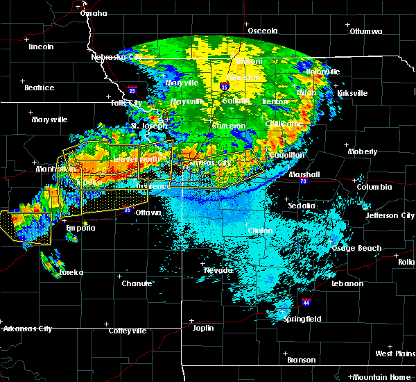 Radar Image for Severe Thunderstorms near Sibley, MO at 6/11/2018 11:38 PM CDT