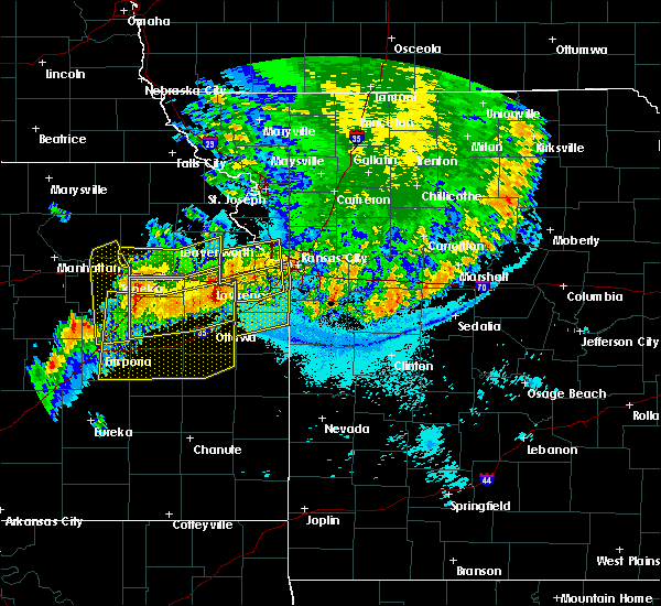 Radar Image for Severe Thunderstorms near Westwood, KS at 6/12/2018 12:15 AM CDT