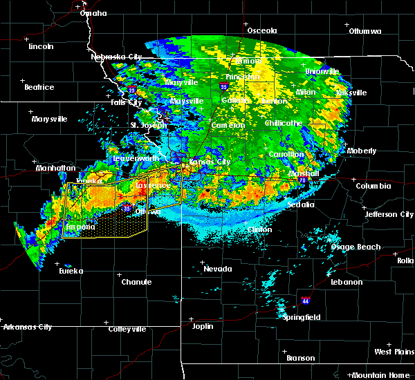 Radar Image for Severe Thunderstorms near Westwood, KS at 6/12/2018 12:30 AM CDT