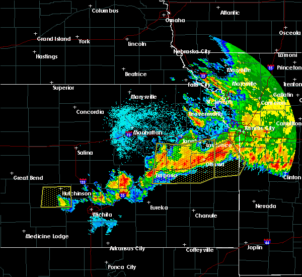 Radar Image for Severe Thunderstorms near Overbrook, KS at 6/12/2018 12:48 AM CDT