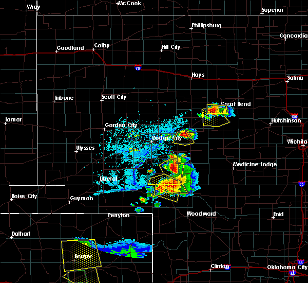 Radar Image for Severe Thunderstorms near Great Bend, KS at 6/12/2018 6:43 PM CDT
