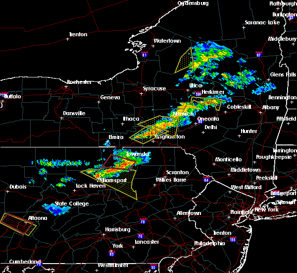 Radar Image for Severe Thunderstorms near Endicott, NY at 6/13/2018 8:40 PM EDT