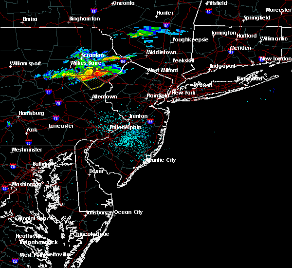 Radar Image for Severe Thunderstorms near Stroudsburg, PA at 6/13/2018 10:51 PM EDT