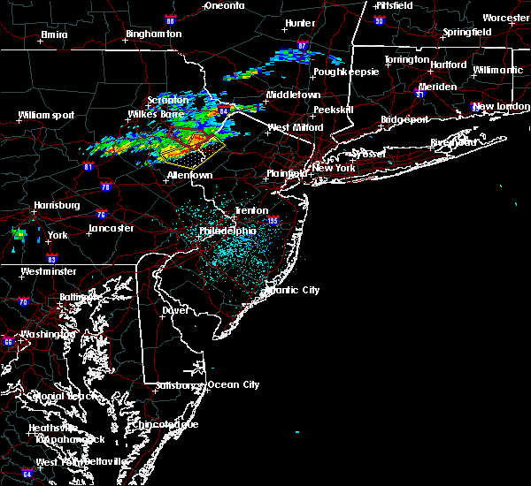 Radar Image for Severe Thunderstorms near Mountain Lake, NJ at 6/13/2018 11:16 PM EDT