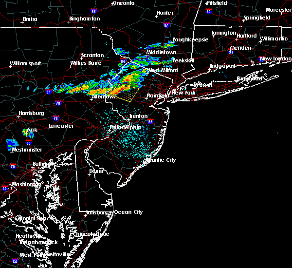 Radar Image for Severe Thunderstorms near Mountain Lake, NJ at 6/13/2018 11:49 PM EDT