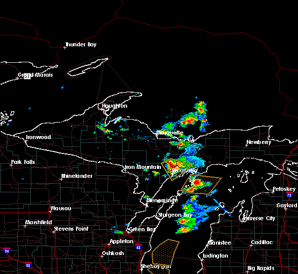 Radar Image for Severe Thunderstorms near Escanaba, MI at 6/16/2018 8:20 AM EDT