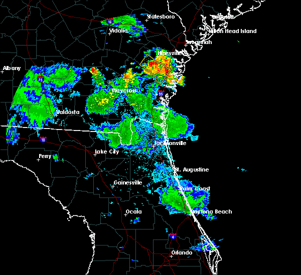 Radar Image for Severe Thunderstorms near Ludowici, GA at 6/16/2018 8:55 PM EDT