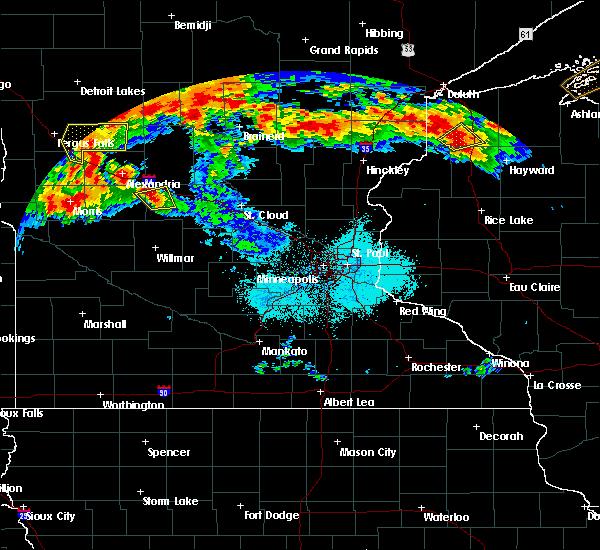 Radar Image for Severe Thunderstorms near Sauk Centre, MN at 6/16/2018 10:30 PM CDT