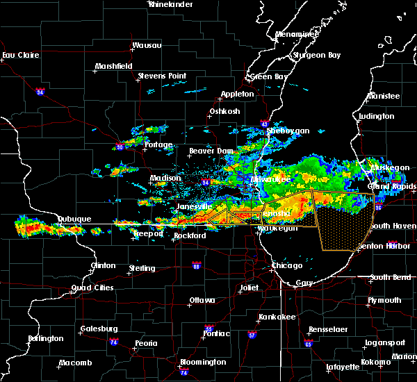 Radar Image for Severe Thunderstorms near Lake Catherine, IL at 6/18/2018 4:33 PM CDT