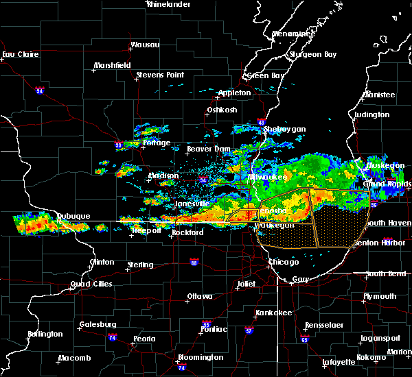 Radar Image for Severe Thunderstorms near Zion, IL at 6/18/2018 4:50 PM CDT
