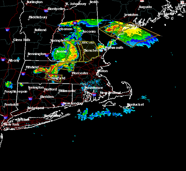 Radar Image for Severe Thunderstorms near Hudson, NH at 6/18/2018 5:55 PM EDT